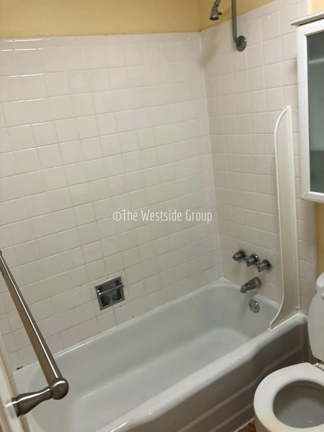 bathtub shower on every bathroom in diplomat west campus