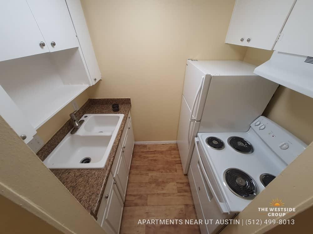 college-apartments-ut-austin-individual-kitchen