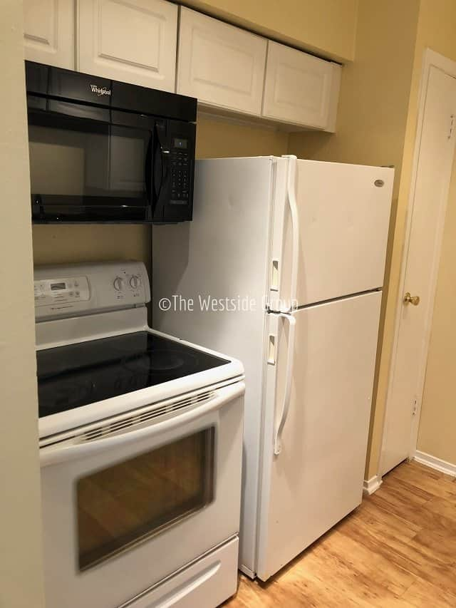 kitchen appliances included on rent