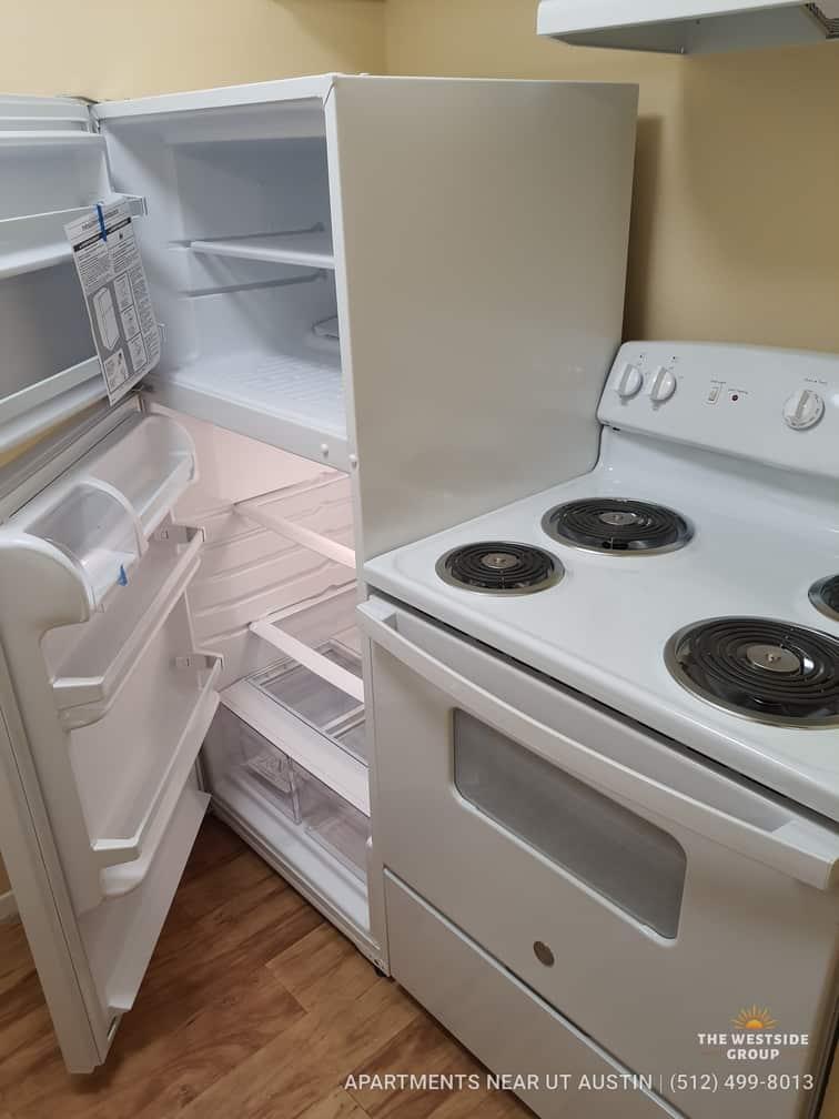 kitchen-appliances-college-apartments-austin