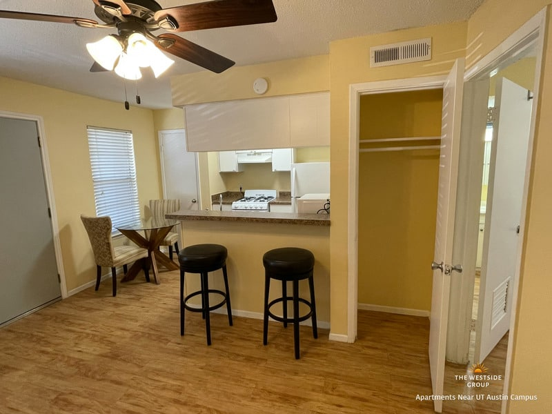kitchen bar and dining