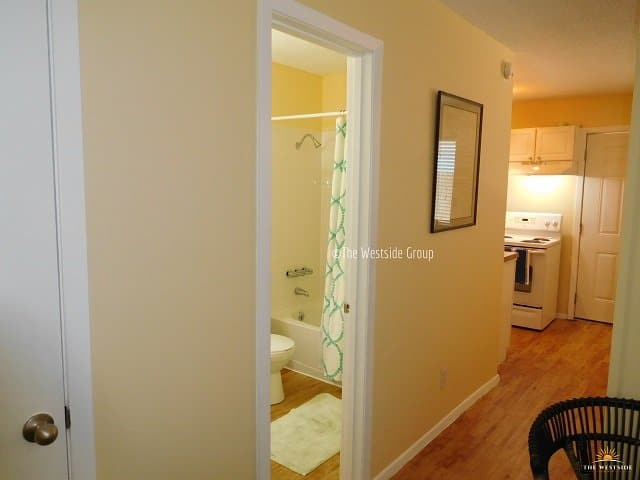 well-laid out 1br unit with fully functional spaces