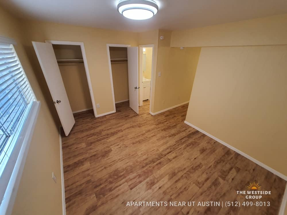 one bedroom college apartment unit austin