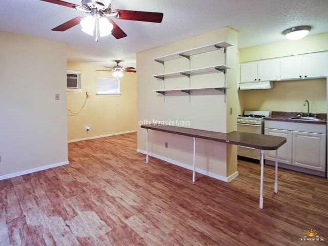 floor plan of studio apartment in west campus austin