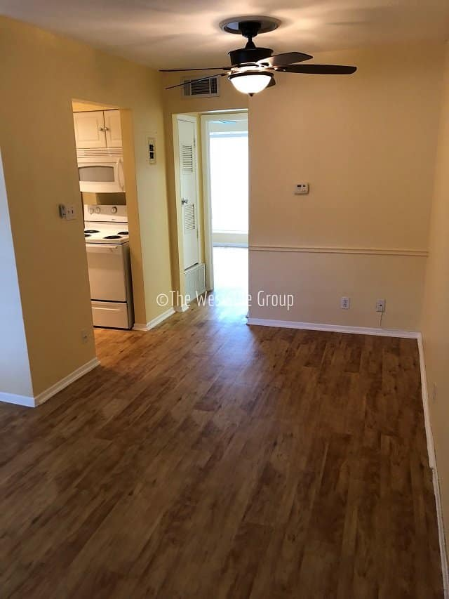 apartments near ut austin hardwood floors